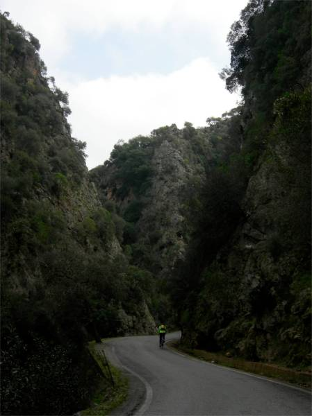 Biking Therisso Gorge
